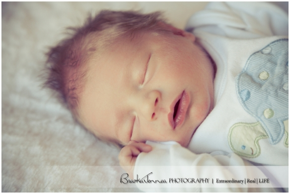 BraskaJennea Photography - Jones Hospital Newborn_0011