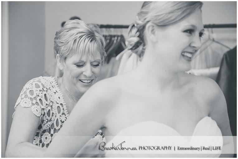 Burritt on the Mountain Wedding - Graves - Huntsville Wedding Photographer_0008.jpg