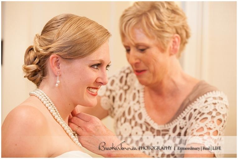 Burritt on the Mountain Wedding - Graves - Huntsville Wedding Photographer_0011.jpg