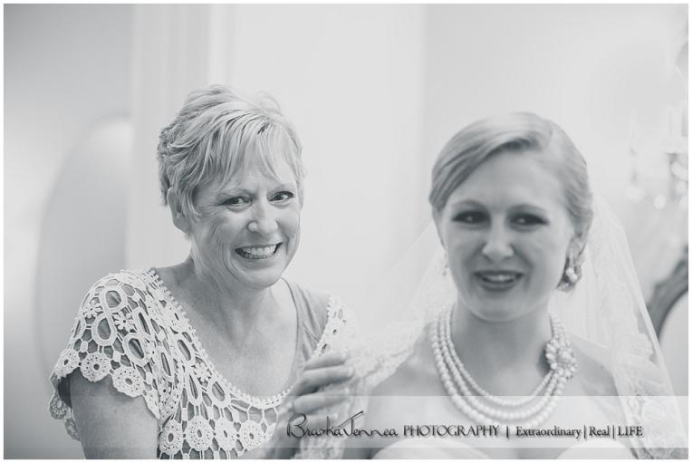 Burritt on the Mountain Wedding - Graves - Huntsville Wedding Photographer_0012.jpg