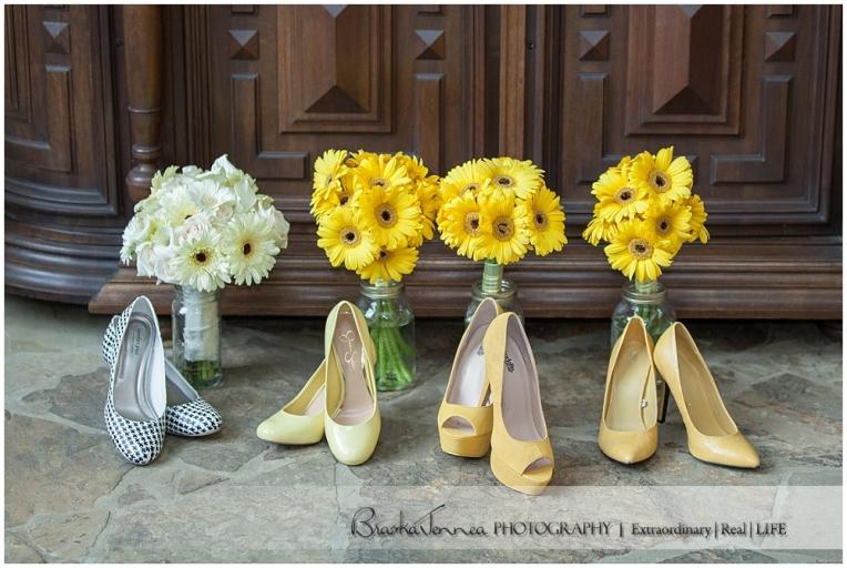 Burritt on the Mountain Wedding - Graves - Huntsville Wedding Photographer_0016.jpg