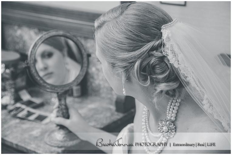 Burritt on the Mountain Wedding - Graves - Huntsville Wedding Photographer_0048.jpg