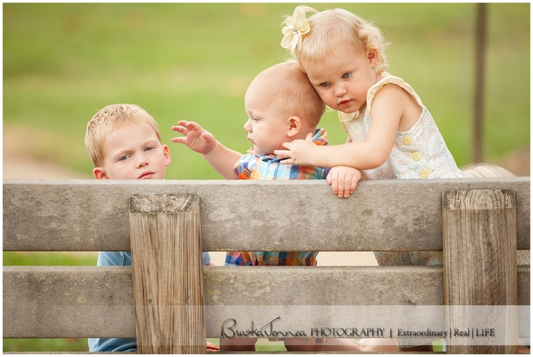Deer Park Family Portraits - Ladd Family - Cleveland Family Photographer_0026.jpg