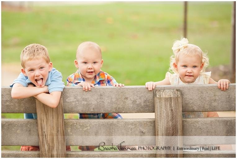 Deer Park Family Portraits - Ladd Family - Cleveland Family Photographer_0027.jpg