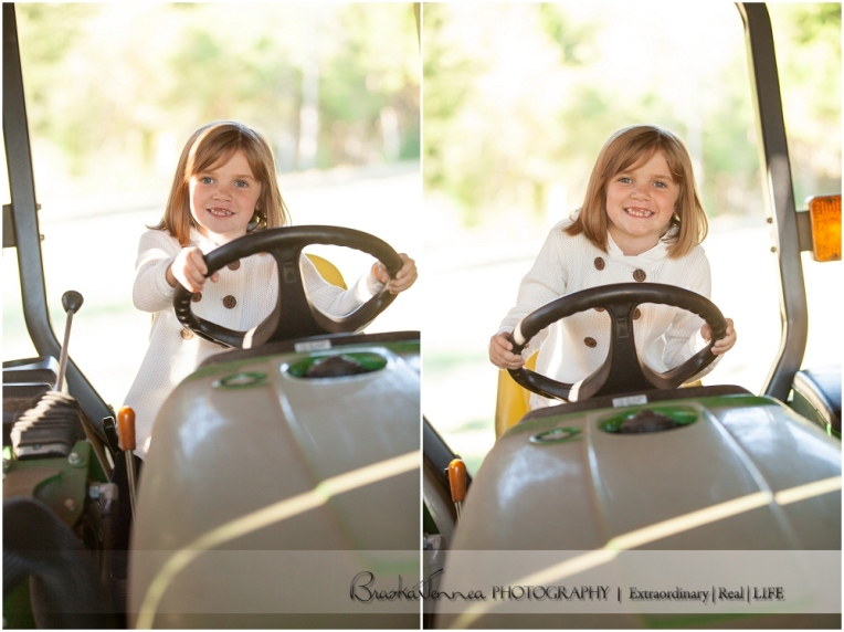 Fall Family Lifestyle Session - Conner Family - Whitwell, TN Photographer_0002.jpg