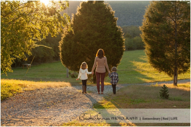 Fall Family Lifestyle Session - Conner Family - Whitwell, TN Photographer_0036.jpg