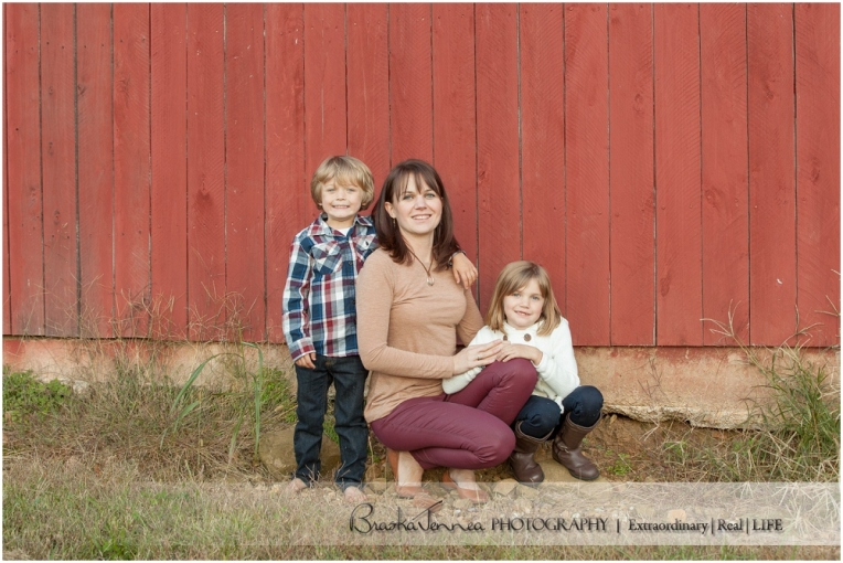 Fall Family Lifestyle Session - Conner Family - Whitwell, TN Photographer_0037.jpg