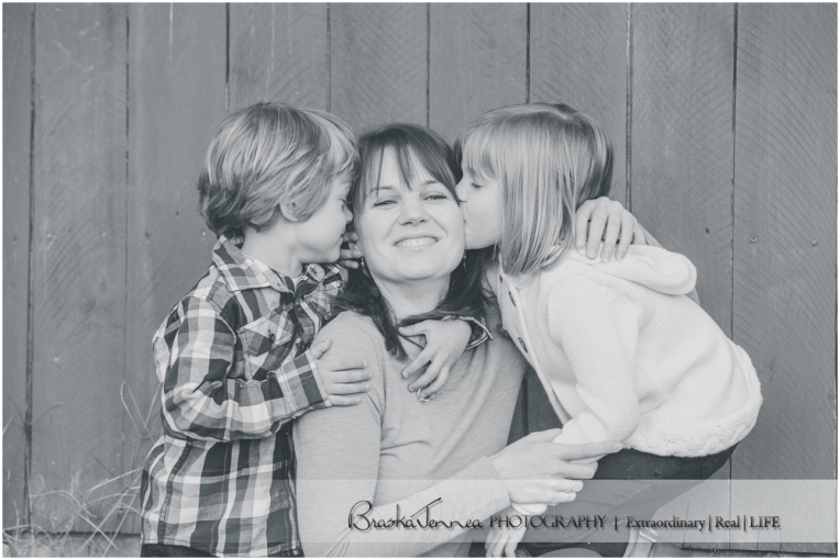 Fall Family Lifestyle Session - Conner Family - Whitwell, TN Photographer_0038.jpg