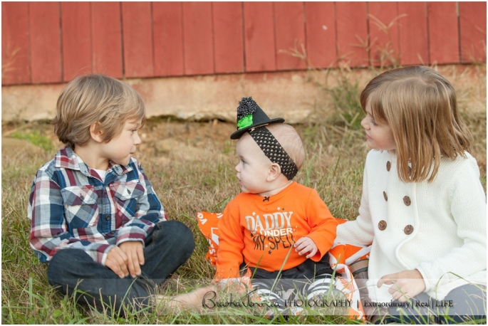 Fall Family Lifestyle Session - Conner Family - Whitwell, TN Photographer_0041.jpg