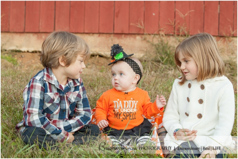 Fall Family Lifestyle Session - Conner Family - Whitwell, TN Photographer_0043.jpg
