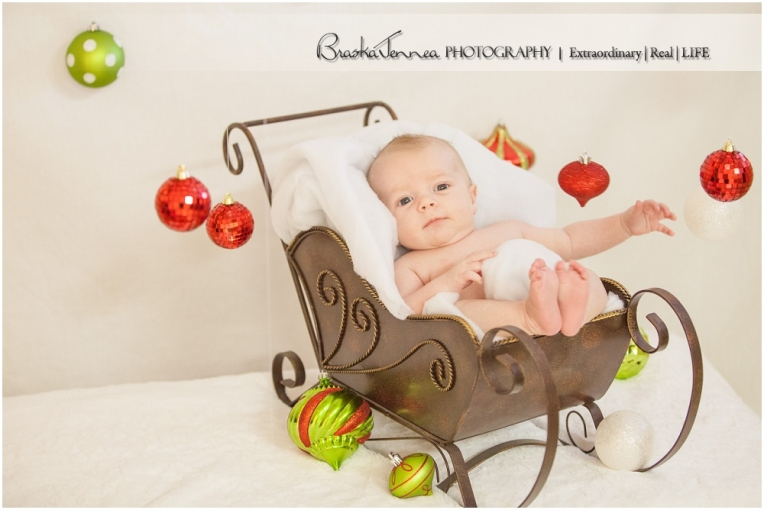 Christmas Baby Portraits - Stetson - BraskaJennea Photography_0003.jpg