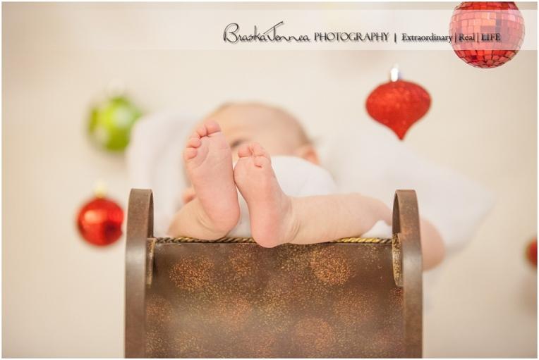 Christmas Baby Portraits - Stetson - BraskaJennea Photography_0004.jpg