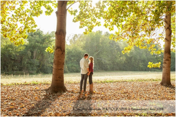 Fall Engagement Session - Kristen + Logan - Athens, TN Photographer_0010.jpg