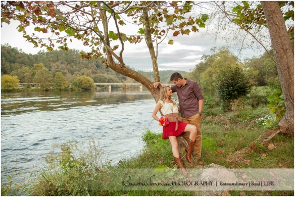 Fall Engagement Session - Kristen + Logan - Athens, TN Photographer_0027.jpg