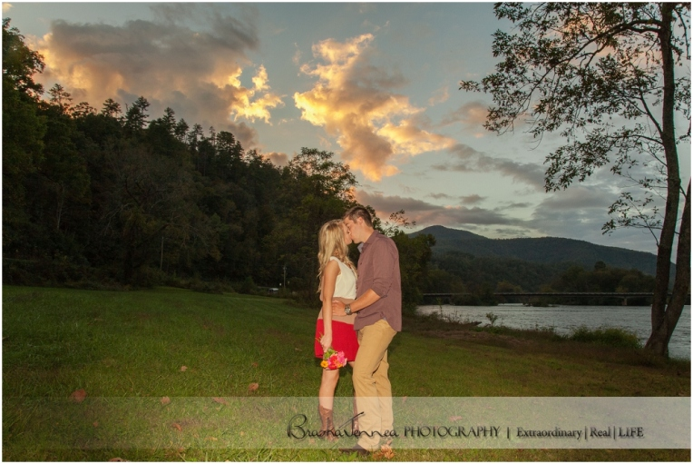 Fall Engagement Session - Kristen + Logan - Athens, TN Photographer_0030.jpg