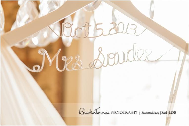 Heartwood Hall Wedding - Natalie + Chris - Memphis Wedding Photographer_0008.jpg