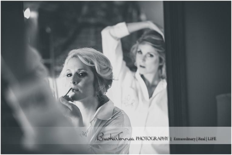 Heartwood Hall Wedding - Natalie + Chris - Memphis Wedding Photographer_0013.jpg