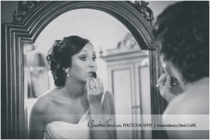 Heartwood Hall Wedding - Natalie + Chris - Memphis Wedding Photographer_0021.jpg