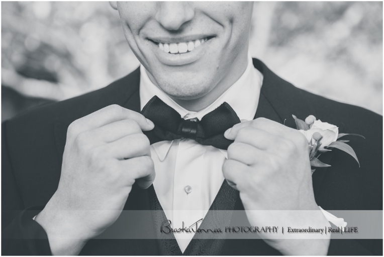 Heartwood Hall Wedding - Natalie + Chris - Memphis Wedding Photographer_0030.jpg