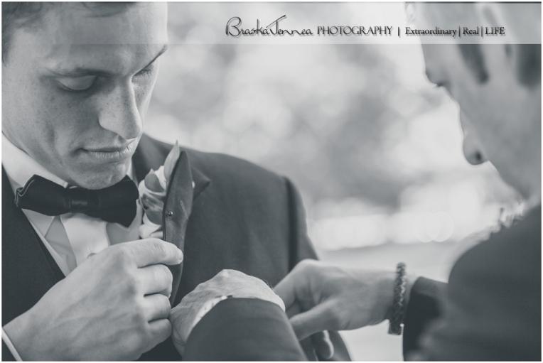 Heartwood Hall Wedding - Natalie + Chris - Memphis Wedding Photographer_0059.jpg
