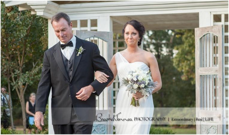 Heartwood Hall Wedding - Natalie + Chris - Memphis Wedding Photographer_0080.jpg