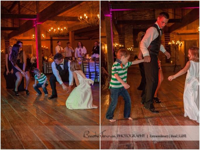 Heartwood Hall Wedding - Natalie + Chris - Memphis Wedding Photographer_0142.jpg