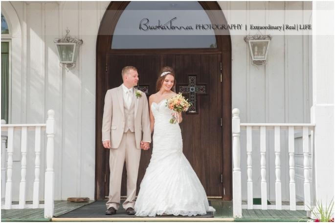 Cristy +Dustin - Whitestone Inn Wedding - BraskaJennea Photography_0046.jpg