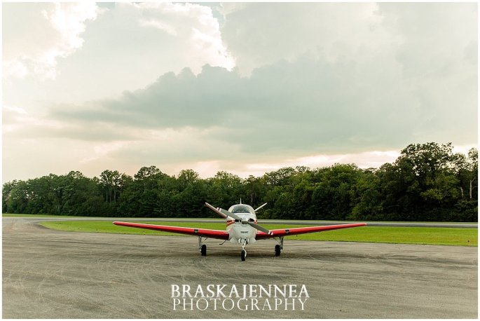 Aviation Engagement Session - Destination Wedding Photographer - BraskaJennea Photography_0003.jpg