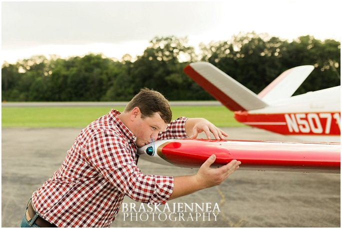 Aviation Engagement Session - Destination Wedding Photographer - BraskaJennea Photography_0004.jpg