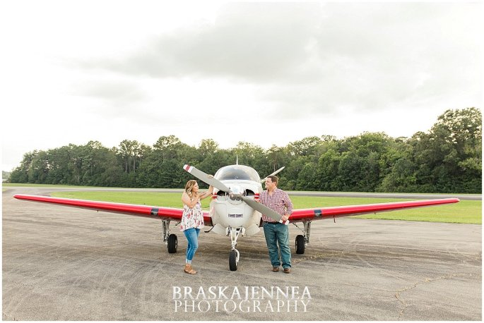 Aviation Engagement Session - Destination Wedding Photographer - BraskaJennea Photography_0011.jpg