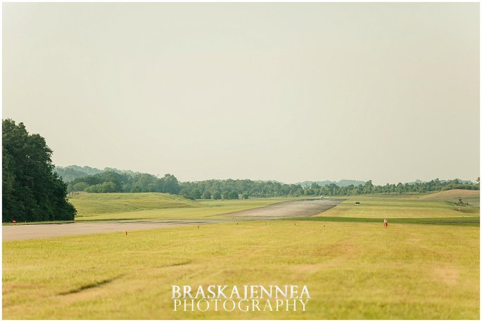 Aviation Engagement Session - Destination Wedding Photographer - BraskaJennea Photography_0024.jpg