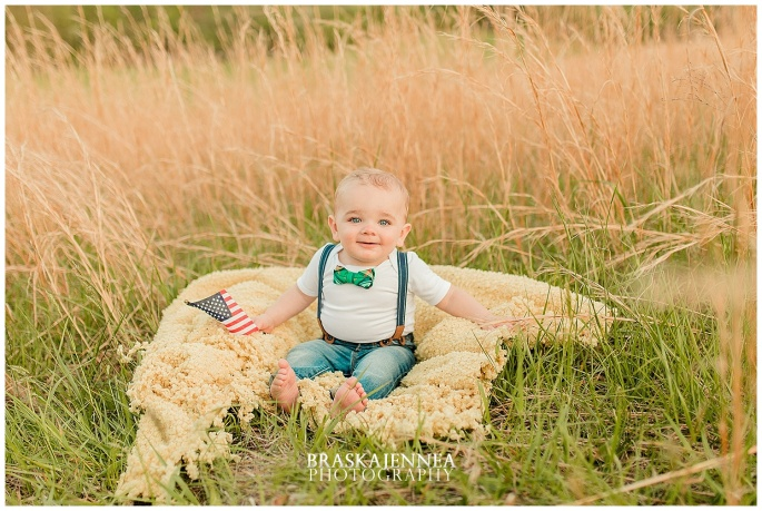 A First Birthday Cake Smash with a Splish Splash - Charleston Family Photographer - BraskaJennea Photography_0010.jpg