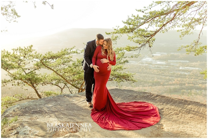 A Lookout Mountain Sunset Rock Maternity Session - Chattanooga Family Photographer - BraskaJennea Photography_0010.jpg