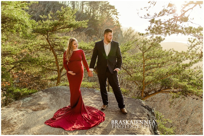 A Lookout Mountain Sunset Rock Maternity Session - Chattanooga Family Photographer - BraskaJennea Photography_0011.jpg