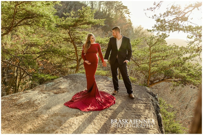 A Lookout Mountain Sunset Rock Maternity Session - Chattanooga Family Photographer - BraskaJennea Photography_0012.jpg