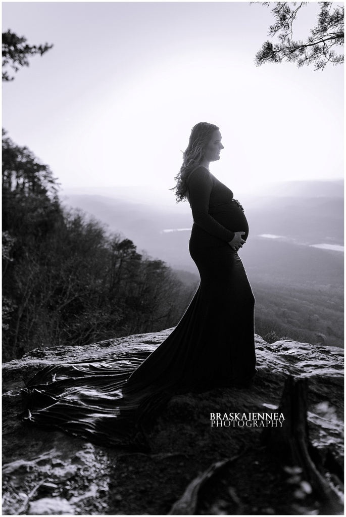 A Lookout Mountain Sunset Rock Maternity Session - Chattanooga Family Photographer - BraskaJennea Photography_0019.jpg