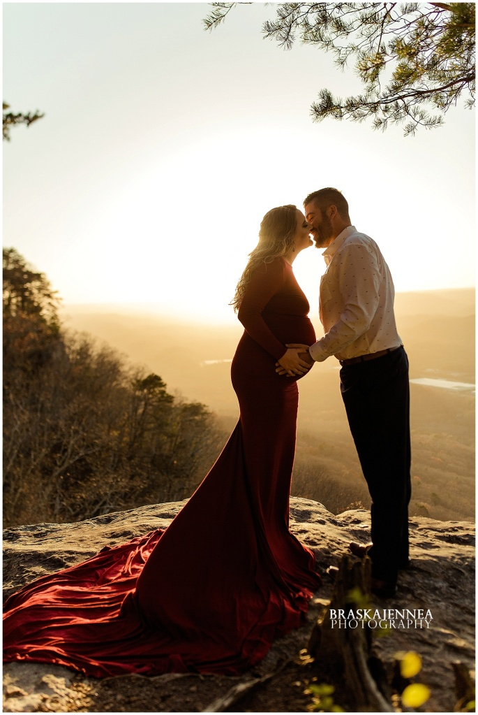A Lookout Mountain Sunset Rock Maternity Session - Chattanooga Family Photographer - BraskaJennea Photography_0020.jpg