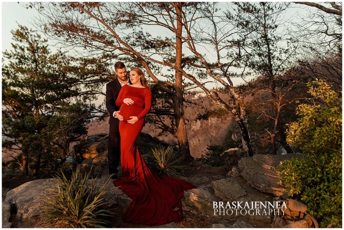 A Lookout Mountain Sunset Rock Maternity Session - Chattanooga Family Photographer - BraskaJennea Photography_0031.jpg